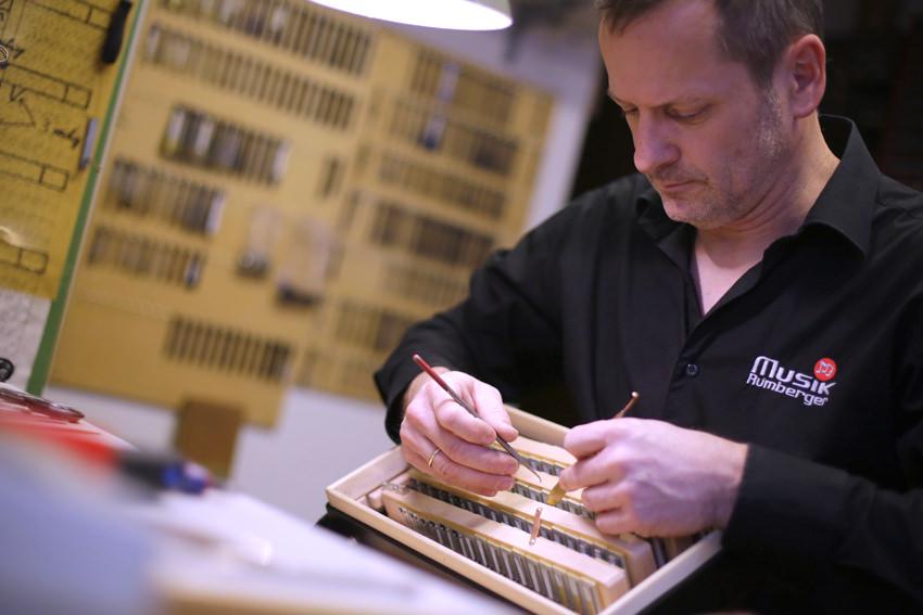 Werkstatt - Stephan Rumberger, Handzuginstrumentenspezialist