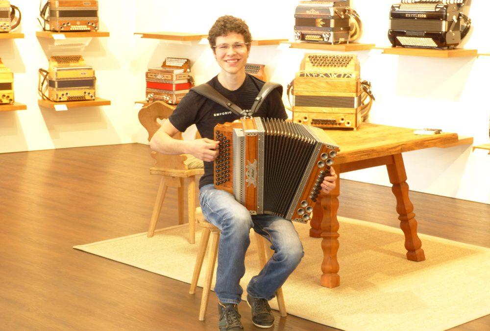 Mattia Demetz – Junior Weltmeister 2013 auf der Steirischen Harmonika