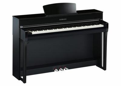 E-Piano Yamaha CLP-735 PE