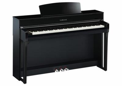 E-Piano Yamaha CLP-745 PE